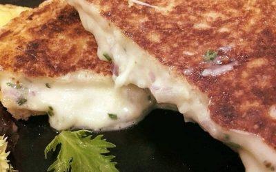 Platos calientes con el queso como protagonista